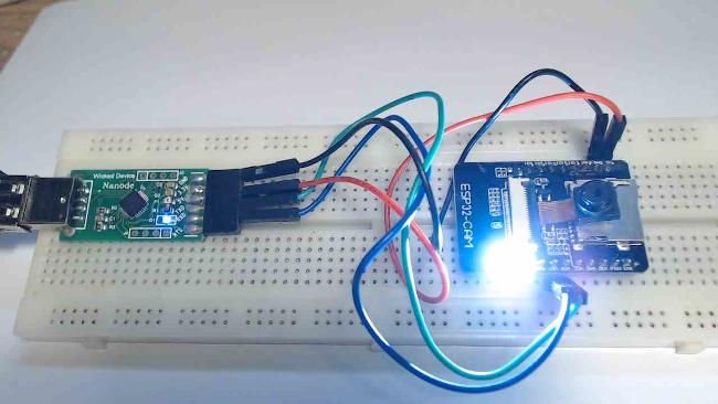 Programmer l'ESP32-CAM avec l'Arduino IDE
