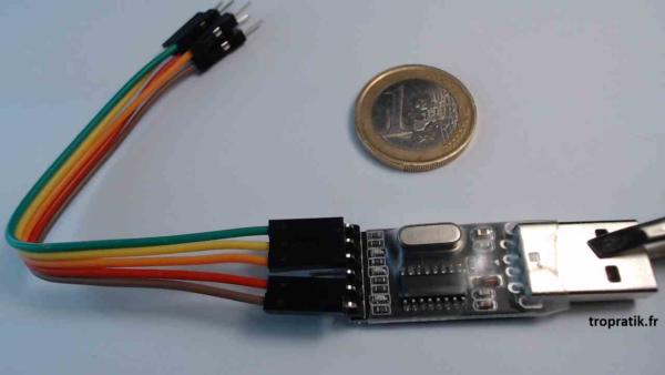 Convertisseur USB-TTL CH340G avec son connecteur