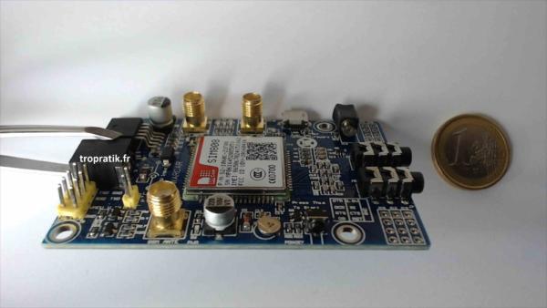 Carte de développement SIM808 EVB-V3.2 vue de coté